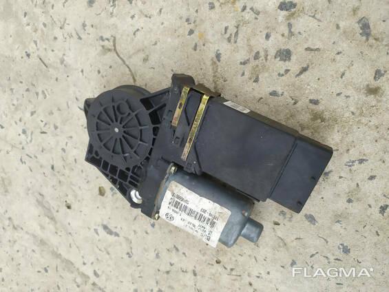 101446-203 блок управления водительской двери