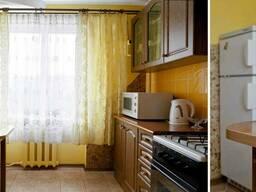 2-комнатная квартира посуточно в Луцке. ул. Соборности, 22 - фото 2
