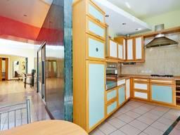 2к квартира в центре на Дерибасовской с ремонтом и мебелью