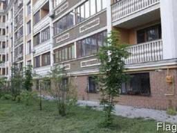 3 комнатная квартира на Маршала Говорова. цокольный этаж