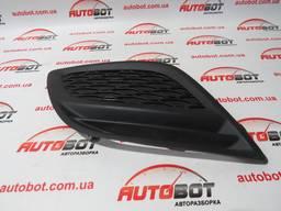 31290658 Правая решетка переднего бампера на Volvo XC60 I 06-12