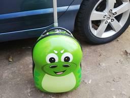 3D чемодан дорожный детский дракоша на колесах