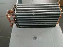564185 Радиатор печки Manitou (Маніту, Маниту) оригінал