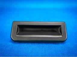 6V0827566 ручка задней двери багажника Audi Q5 80A.