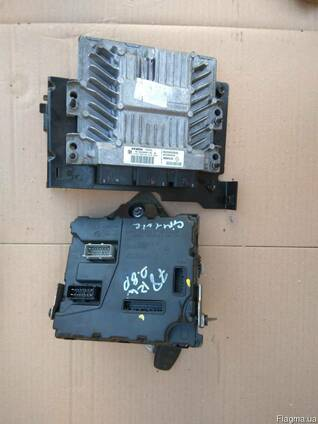 8200953545 Блок управления двигателем Renault Kangoo II