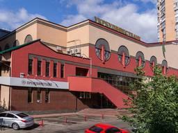 Административное здание 3740 м2 ул. Вячеслава Черновола