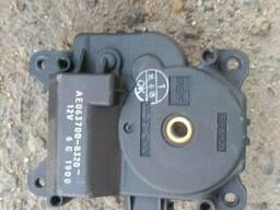 Актуатор печки 87106-42040 на Toyota Rav 4 00-05 (Тойота Рав