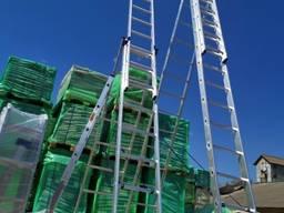Алюминиевая трехсекционная лестница