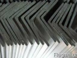 Алюминиевый неравнополочный уголок 100х40, толщина полки 3,0