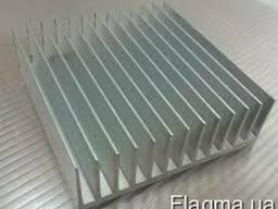 Алюминиевый радиаторный профиль 244x26 мм без п. , анод.