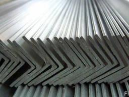 Уголок алюминиевый 40х40х3 АД31