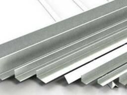 Алюминиевый уголок разносторонний 45x20x4