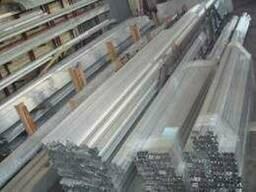 Алюминиевый уголок разносторонний 20x10x1. ..