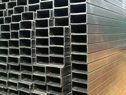 Профильная алюминиевая труба 60х30х2