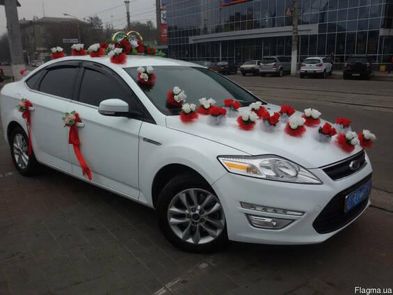 Аренда Форд Мондэо (белоснежного цвета) с водителем