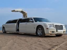 Аренда лимузина Chrysler 300C