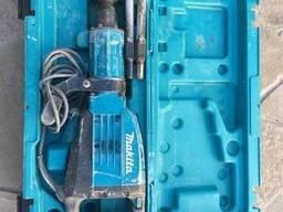 Аренда отбойного молотка Makita HM1307C
