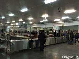 Аренда специализированных столов для торговли мясом.