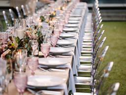 Аренда стула Victoria Ghost прозрачного цвета на свадьбу