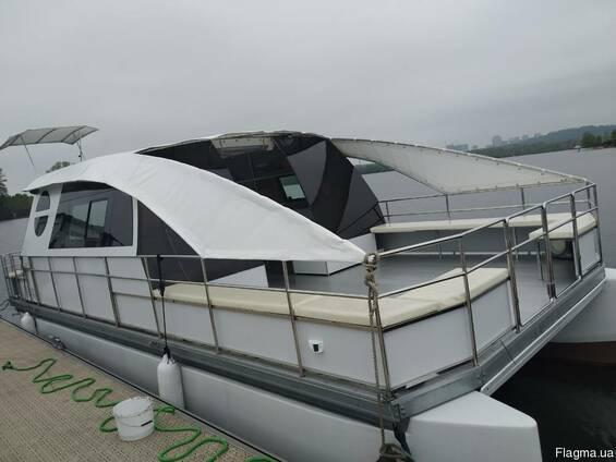 Аренда яхты для 20 гостей в г. Киев   Яхта-катамаран Fiesta