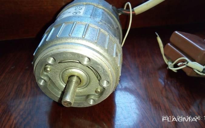Асинхронный двигатель ДАТ 75-40-у3