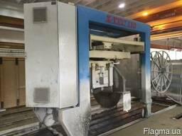 Автоматическая пила для резки пустотных плит перекрытия