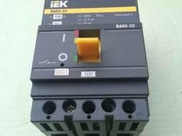 Автоматические выключатели ВА 8832 100А