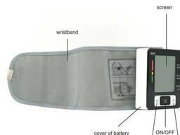 Автоматический тонометр на запястье для измерения давления и пульса UKC BLPM-29