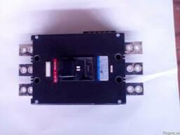 Автоматический выключатель 400А производитель Япония