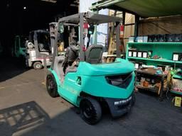 Автопогрузчик/автонавантажувач Mitsubishi на 2 тонны