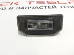 Автозапчасти. подсветка заднего номера 1449730-00-b 1449730