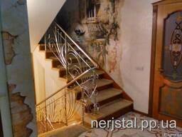 Ажурные ограждение лестницы из нержавеющей стали