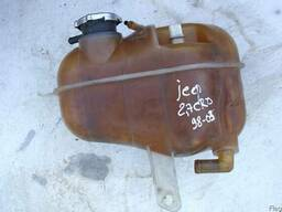Бачок расширительный радиатора Jeep Grand Cherokee 2. 7CRD АК