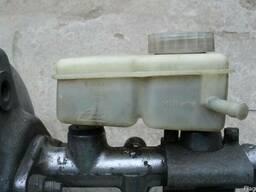 Бачок тормозной жидкости Volvo 740 1984-1990.