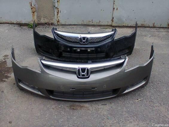 Бампер передний Honda Civic 4d