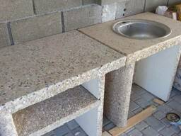 Садовый барбекю шашлычница, мангал из бетона столик