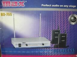 Беспроводной микрофон MAX DH-766 ( один ручной/одна. ..