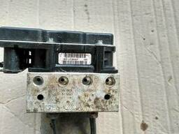 Блок АБС (Блок ABS) 44540-02060 на Toyota Auris 07-12 (Тойот