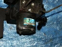 Блок АБС (Блок ABS) 58900-26160 на Hyundai Santa FE 00-06 (Х