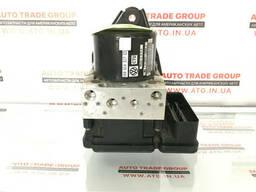 Блок ABS Passat 2012-15