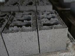 Блок из гранитного отсева 20*20*40