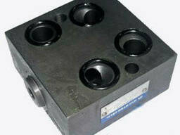Блок клапанов BKH-5-100-M для гидрорулей ХУ