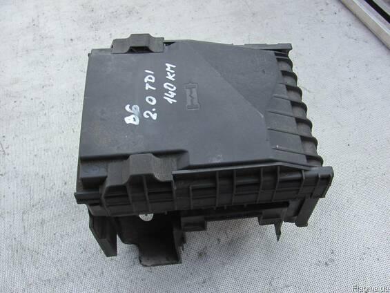 Блок предохранителей Volkswagen Passat B6 2005-2010 2.0 TDI