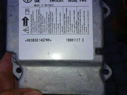 Блок управления аирбегом 1K0 909 605 AA, датчик airbag. ..