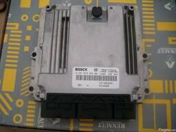 Блок управления двигателем (ЭБУ) 0281019382 на Renault ()