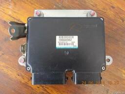 Блок управления двигателем (ЭБУ) 1860A982 на Mitsubishi Lanc