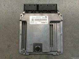 Блок управления двигателем на BMW F07 (БМВ F07) 10-14 год