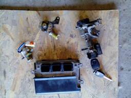 Блок управления двигателем на Honda Civic 4D 1. 8м донецк