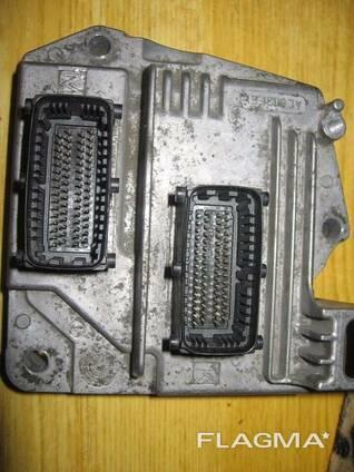 Блок управления двигателем Z16XEP Opel Vectra C 28020956. ..