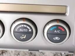 Блок управления отопителем 27510-EB600 на Nissan Navara D40